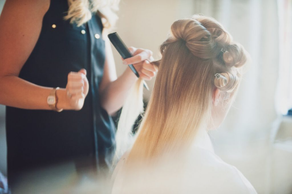 Brides hair from the rear